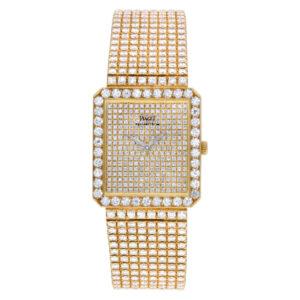 Piaget Classic 81541c626 18k w/ original Pave diamonds 25mm Quartz watch.