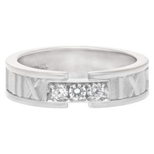 Tiffany & Co Atlas ring in 18k white gold with diamonds